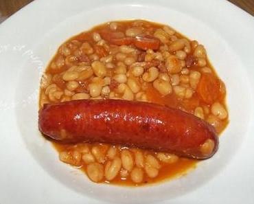 haricots blancs à la tomate et saucisses fumées