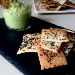 Crackers Sésame Noir et Guacamole d'avocat