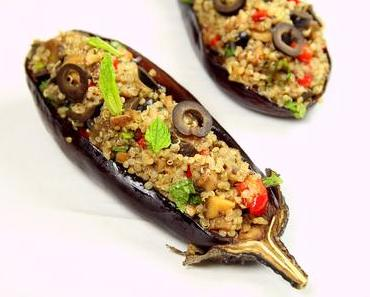 Aubergines farcies au quinoa, champignons, poivron, olives et menthe {Vegan}