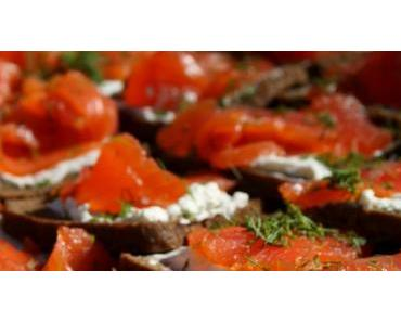 Tartare de saumon fumé sur canapé