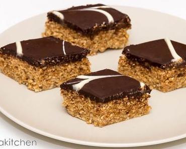 Gâteaux au chocolat, sésame et cacahuètes