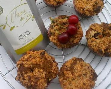 Muffins aux cerises et thé matcha, crumble flocons d'avoine et chocolat blanc {en partenariat avec Palais des Thés}