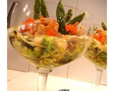 Salade fraîcheur aux asperges, langoustines, sauce au curcuma