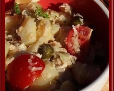 Salade de pommes de terre au poulet, sauce au thon
