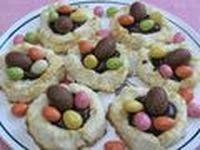 Petits nids à la noix de coco (par Chantie) [Pâques]
