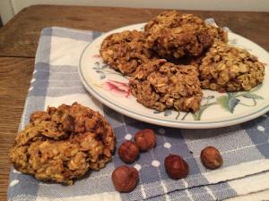 Biscuits croustillants aux flocons d'avoine et noisettes