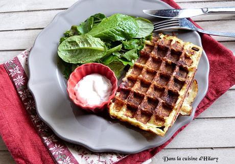 Gaufres de pomme de terre, viande des grisons et sa sauce ciboulette / Potato and beef ham waffle and its chive creme fraiche