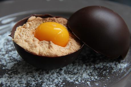 oeuf de Pâques, oeuf en chocolat