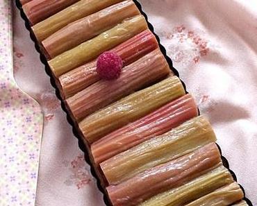Ma tarte chic rhubarb et framboise sur lit de crème d'amande