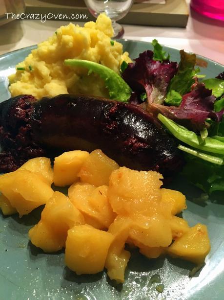 Boudin noir aux pommes et écrasée de pommes de terre