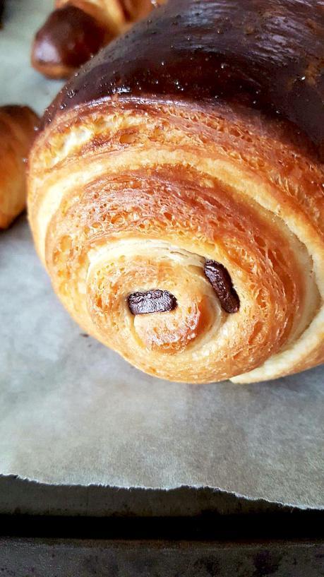 p 226 te lev 233 e feuillet 233 e pour croissants et pains au chocolats