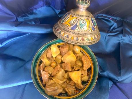 Tajine d'Agneau  Aux Fèves et Coeurs D'artichauts