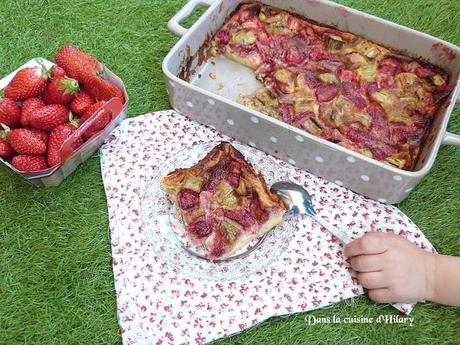Clafoutis trop gourmand fraise et rhubarbe - Dans la cuisine d'Hilary