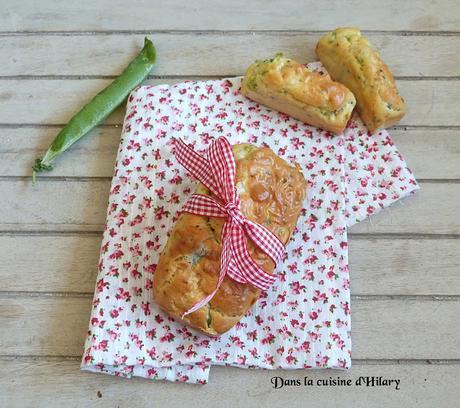 Petits cakes printaniers aux petits pois, chèvre et sésame noir - Dans la cuisine d'Hilary