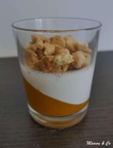 Panna cotta vanille, framboises et crumble