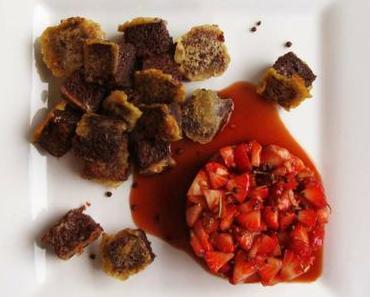 Génoise de chocolat noir et de cacao amer « façon pain perdu » aux fraises