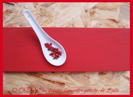 Boisson de fraises et de betterave rouge au lait d'amande