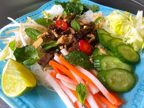 Bun Bo Xao Salade de Boeuf Vietnamienne