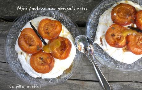 Mini Pavlova aux abricots rôtis au miel et thym citron