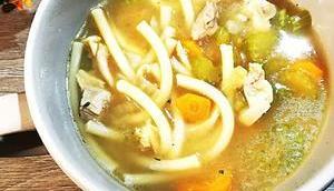 Chicken noodle soup pour soigner petits maux heal