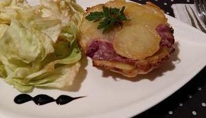 Tatin pommes terre, magret canard fumé Comté