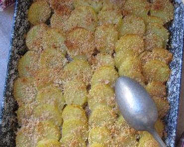 Gratin de chou frisé à la chair à saucisse & aux pommes de terre