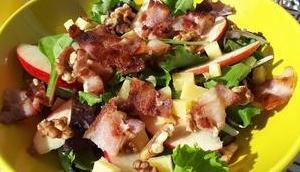 Salade Pomme, Lard, Noix Comté
