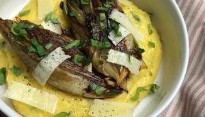 Endives caramélisées polenta crémeuse herbes, citron pecorino