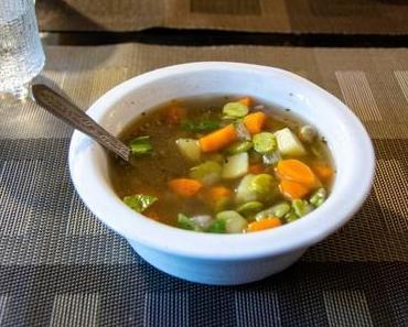 'Tite soupe de printemps – Soupe claire de fèves fraîches