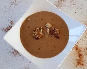 Velouté de chou-fleur rôti aux épices et lait de coco