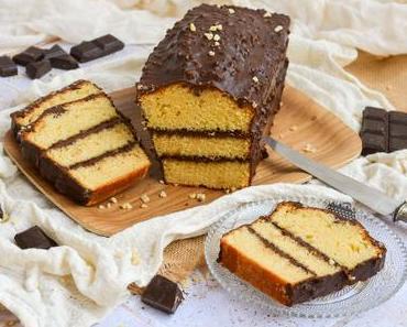 Cake fourré au chocolat et glaçage chocolat rocher